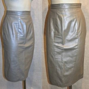 VTG Silver/Pewter Leather Below Knee Pencil Skirt